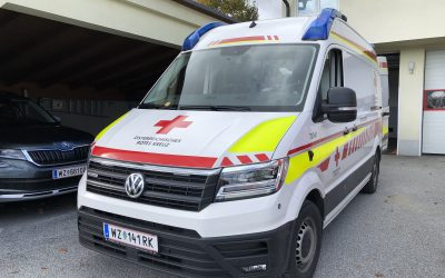 Neuer Rettungswagen an der Rotkreuz-Ortsstelle Birkfeld